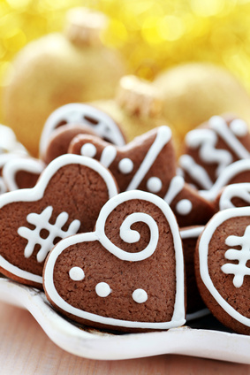 Use a small gingerbread cookie as a token with the reindeer games christmas bingo set at UnCommonCourtesy.com